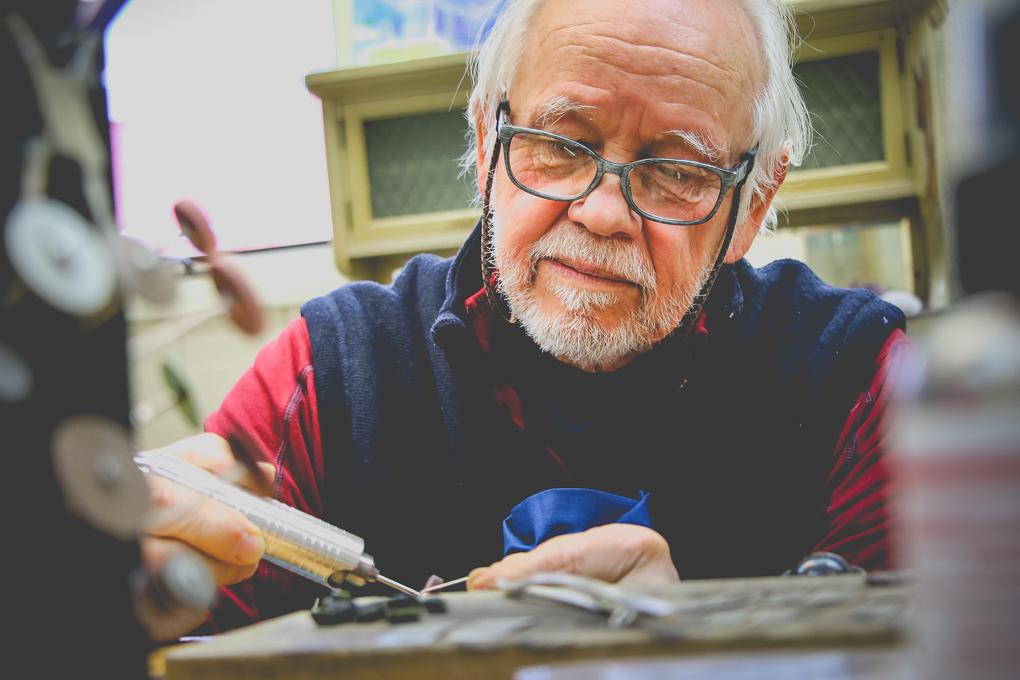 Ron Piercy - Jeweler